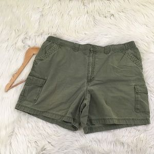 a377081b40 L.L. Bean Shorts - 🍀PRICE FIRM🍀LL Bean Tropic Weight Cargo Shorts